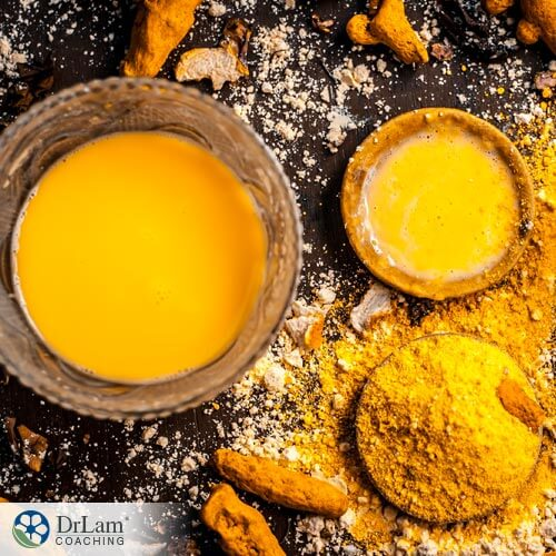 Here's Why Turmeric and Honey Can Fight Stress