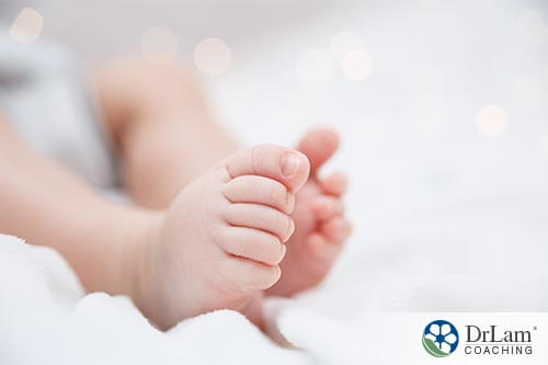 Baby feet, skin that is full of colostrum due to growth factors