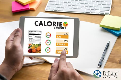 man using health tech to track his diet