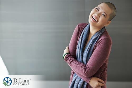 Woman laughing to reduce the risk of stress impairs memory