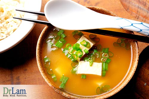 A turmeric miso soup that is healthy for you