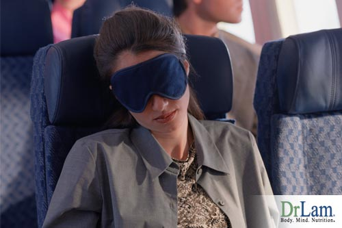 Staying relaxed in the airplane can involve decreasing light exposure, eye shades and closing the window are air travel tips