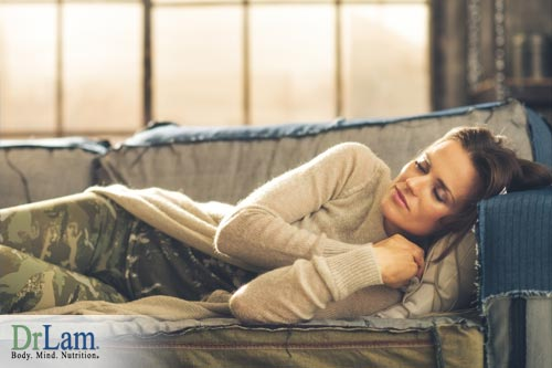 Benefits of napping include a great boost to mental and physical energy, and counter the negative effects from lack of sleep.