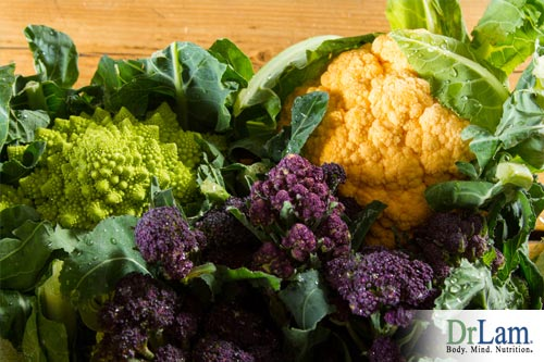 Exhaustion and menopause symptoms can be lowered through the consumption of cruciferous vegetables