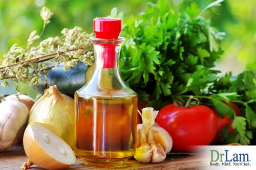 Many foods such as essential oils, spices and fish help fight chronic inflammation and keep the body healthy overall.