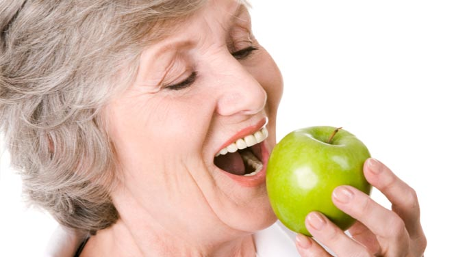 Apples contain quercetin benefits which protects against Alzheimer's Disease