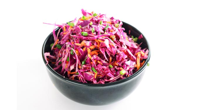 Fiber, folic acid, beta-carotene, and vitamin C can all be found in red cabbage